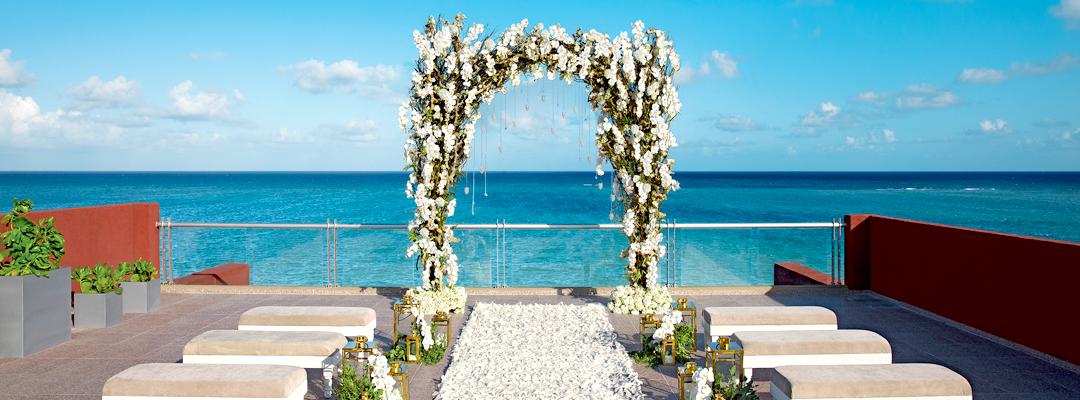 Zoëtry Paraiso de la Bonita Beach Side Wedding Event