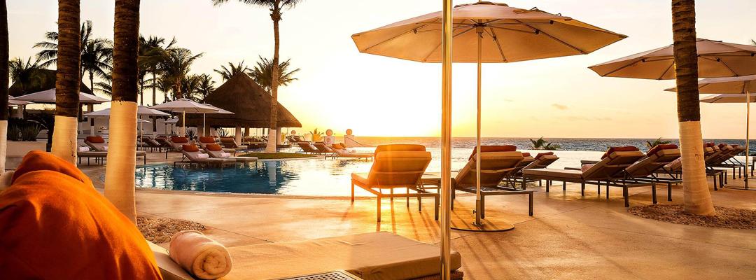 Le Blanc Spa Resort Cancun Pool