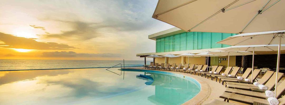 Sun Palace Infinity Pool
