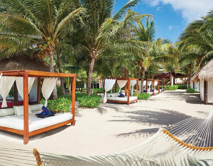 El Dorado Royale Beach Beds